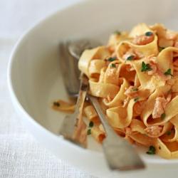 Ricetta Tagliatelle al salmone  - variante 2