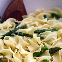 Ricetta Tagliatelle agli asparagi