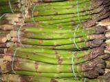 Ricetta Corona di paglia e fieno con cuore di asparagi e prosciutto cotto